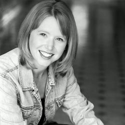 Jana Chapeton - Founder/Director